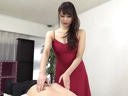 Sugar oriental mom Nanami Hirose is pinpointing her pussy