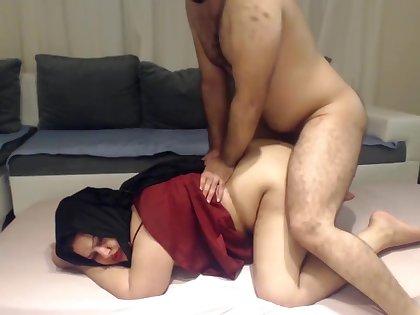 INDIAN DESI BHABHI FUCKED HARD Wide of HER DEVAR SECRETLY AT Habitation !