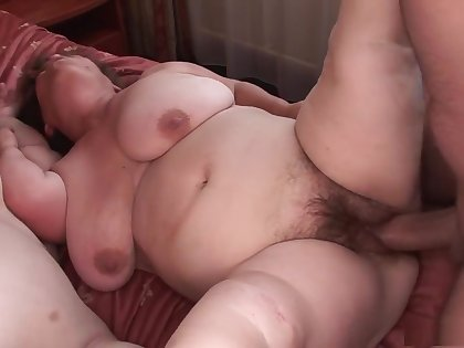 Best pornstars Gidget The Monster Midget and Duli Fuli in fabulous gangbang, broad in the beam tits porn clip